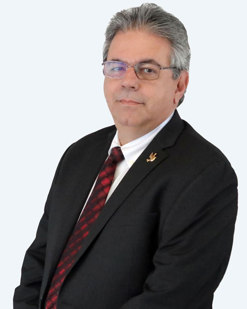 Julio H. Tamayo headshot